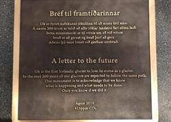冰島為死亡冰河立墓碑 享年700歲