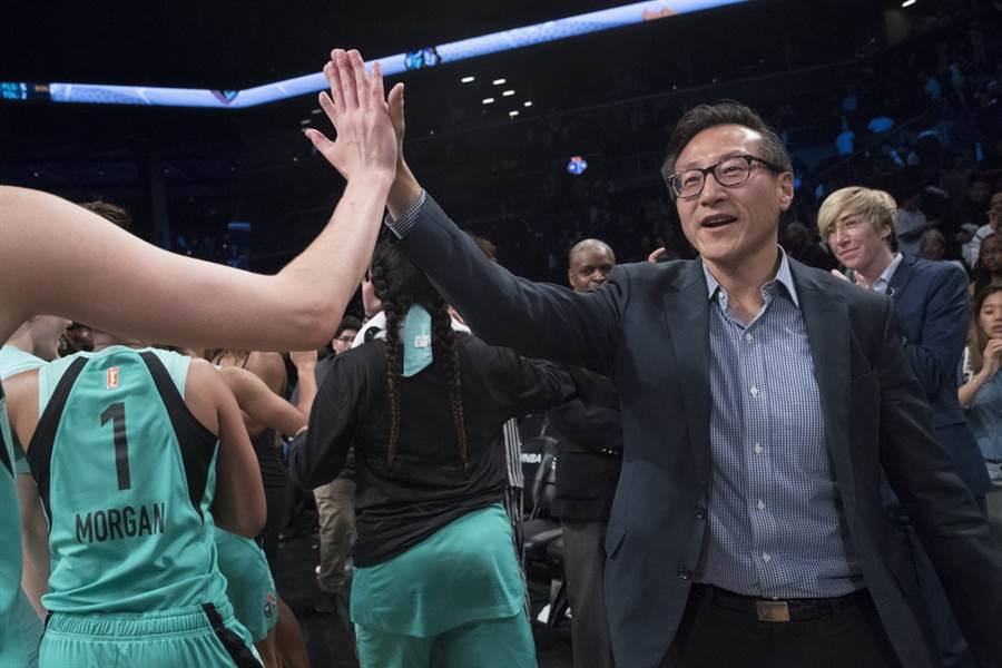 籃網新老闆蔡崇信先前就曾放話要找大陸球員加入球隊。(美聯社)
