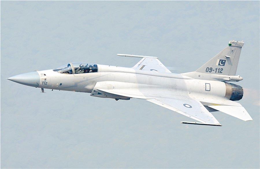 巴基斯坦梟龍戰機。(取自中國軍網)