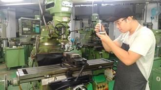 在職勞工專業技術提升 訓練費勞動部補助一半