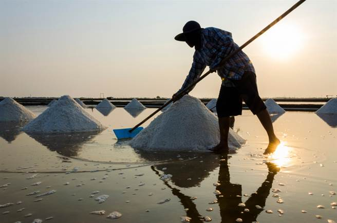 古代為何不能私賣食鹽?它比鴉片賺
