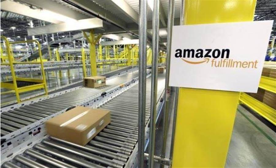 全球經濟若陷入衰退,美國物流業龍頭亞馬遜恐備受衝擊。(美聯社資料照片)