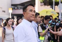 香港議員:林鄭8/31前需消解民怨