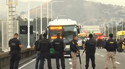捍衛戰警巴西版!憲兵挾持37名公車乘客 遭狙擊手擊斃