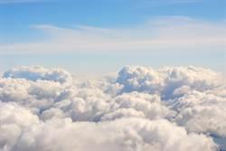 拍火積雲內部罕見畫面 NASA震驚