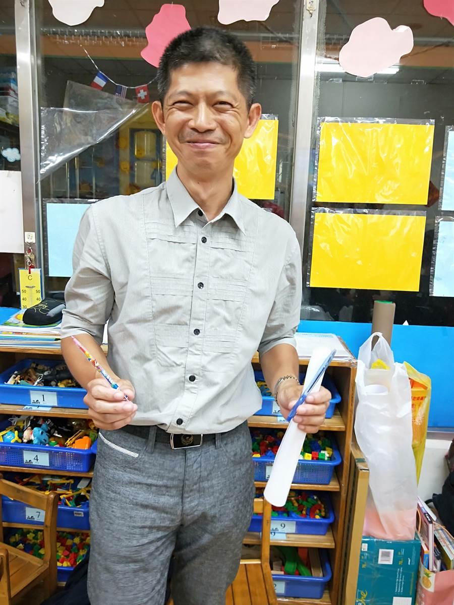 陳菊擔任高雄市長期間,吳建鴻曾是她的隨身攝影。(翻攝自吳建鴻臉書)