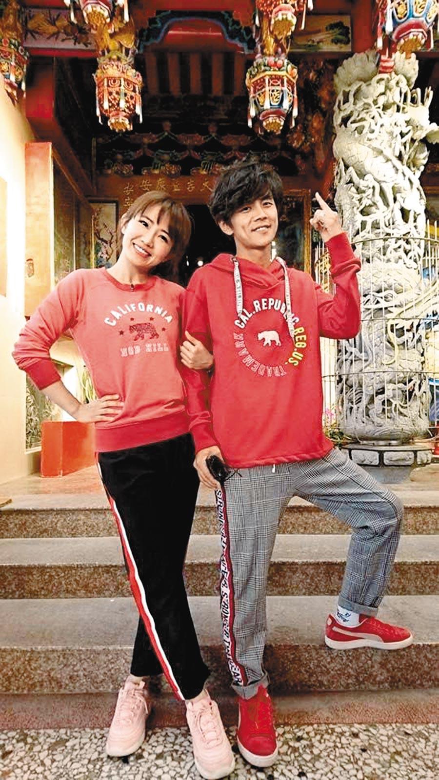阿翔(右)、謝忻發生婚外情後,不會再同台。(取材自臉書)