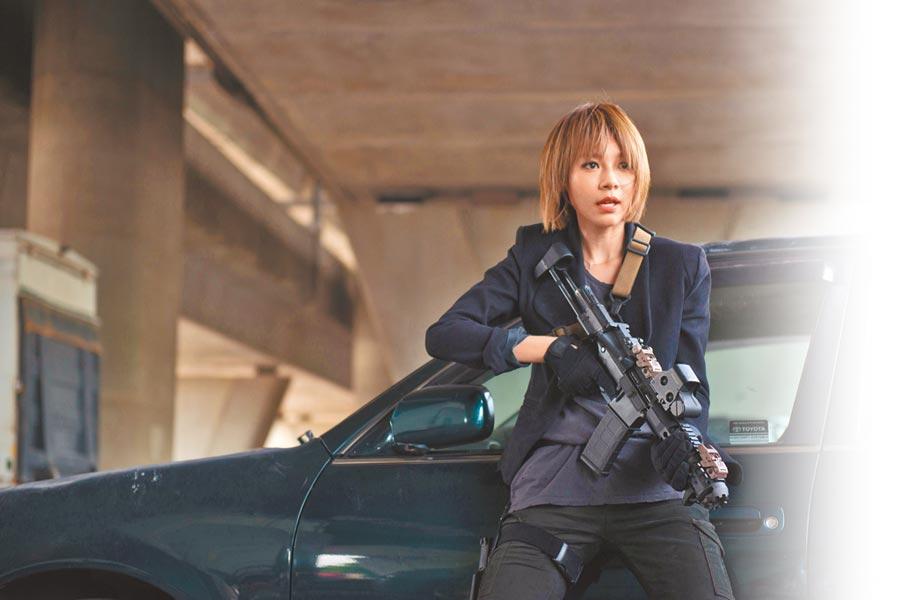 林明禎先前參加電影演出,挑戰武打戲,氣勢十足。