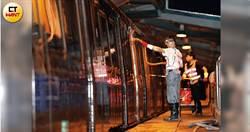 台北「血管」半夜清洗大公開 三分鐘洗六車廂