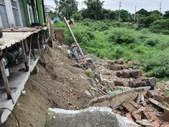 暴雨加地震 花壇工廠擋土牆倒塌