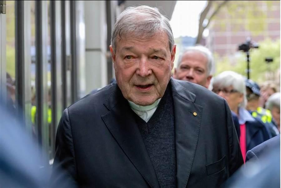 澳洲樞機主教派爾20多年前性侵唱詩班男孩,被判6年徒刑,上訴維持原判。