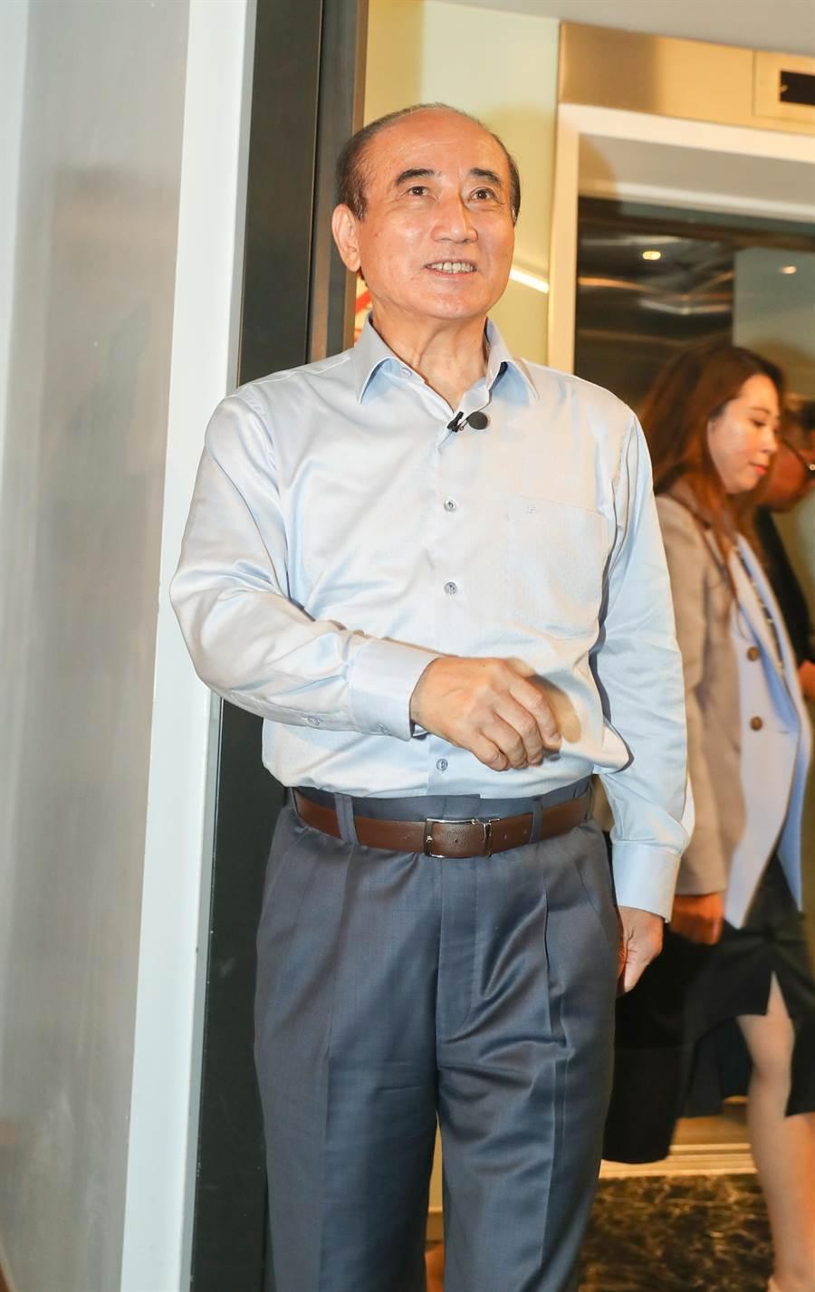 立法院長王金平(見圖)表示,我只是接受市長的邀請,來參加823的音樂會,我沒有其它的目的。(劉宗龍攝)