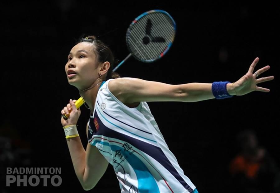 戴資穎再度展現魔法,世錦賽女單16強第1局化解對手4個局點,後來居上收下。(資料照/Badminton Photo提供)
