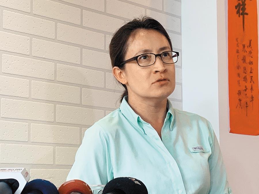 民進黨蕭美琴宣布投入立委選舉拚連任。(王志偉攝)