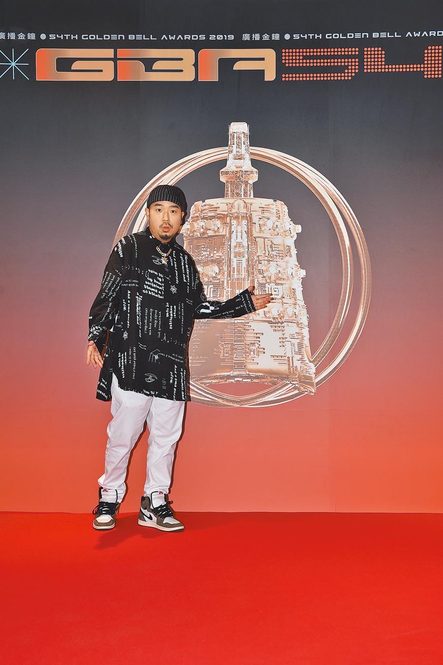 阿達昨擔任第54屆廣播金鐘獎,入圍名單揭曉嘉賓。