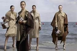 伊蓮娜、吉吉哈蒂德海邊戲水 拍Burberry秋冬廣告展現精緻美