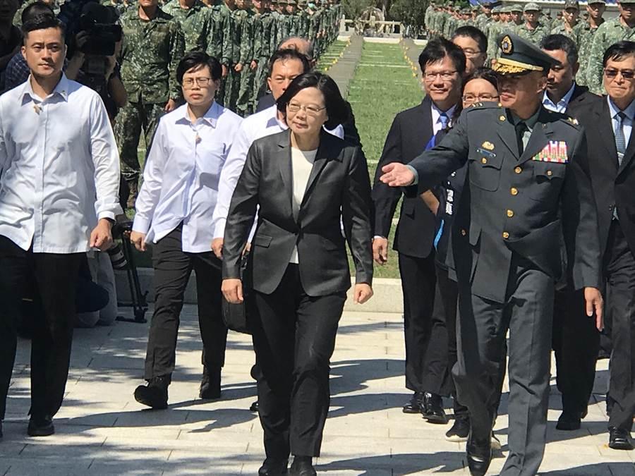 蔡英文總統今出席「823六十一週年中樞紀念儀式」。(曾薏蘋攝)