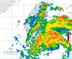 白鹿颱風觸陸!挾超大豪雨狂炸花東 大台北防強風