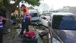 貨車衝撞路邊 波及環保志工、路人3命危3傷