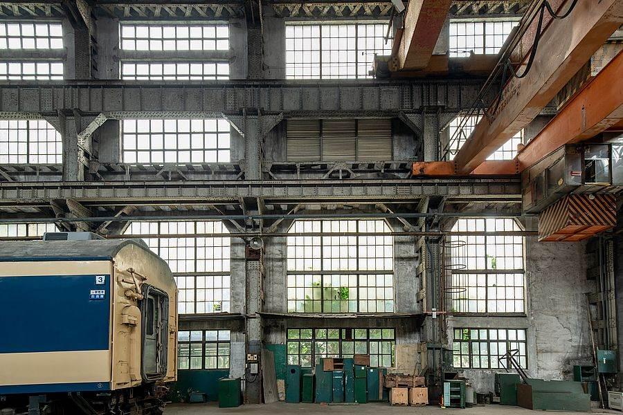 組立工場天車設備與桁架。(圖取自文化部官網)
