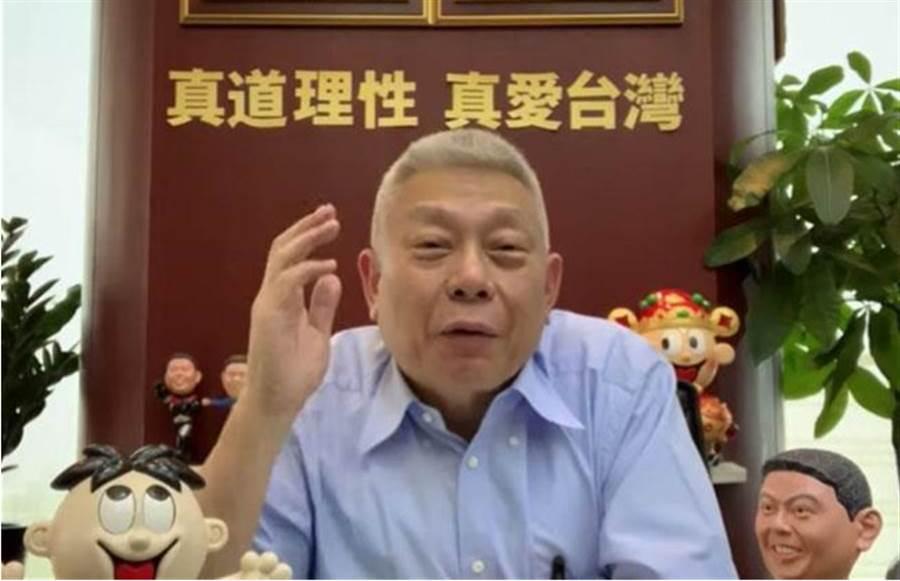 旺旺集團董事長蔡衍明在網路直播處女秀。