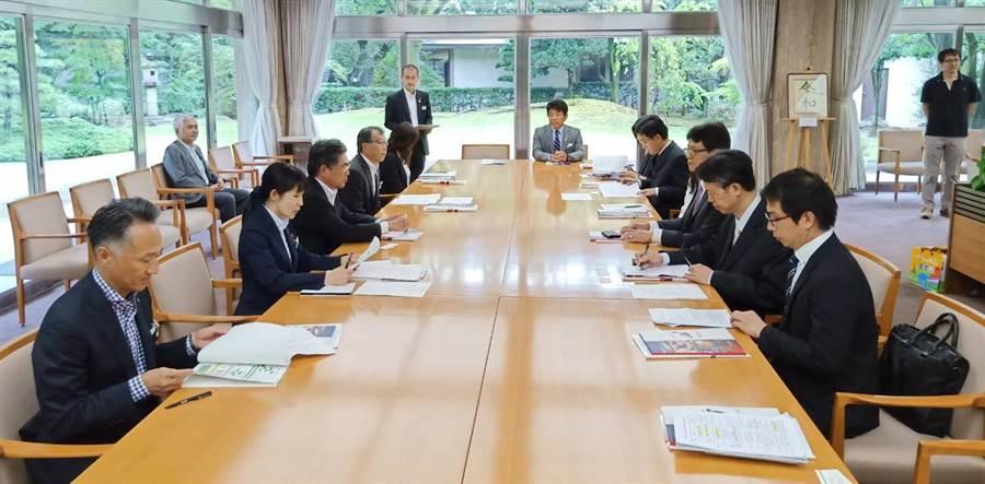 市府參訪團並與名古屋市出境遊旅行業者代表,進行觀光推介與交流座談。(陳世宗翻攝)