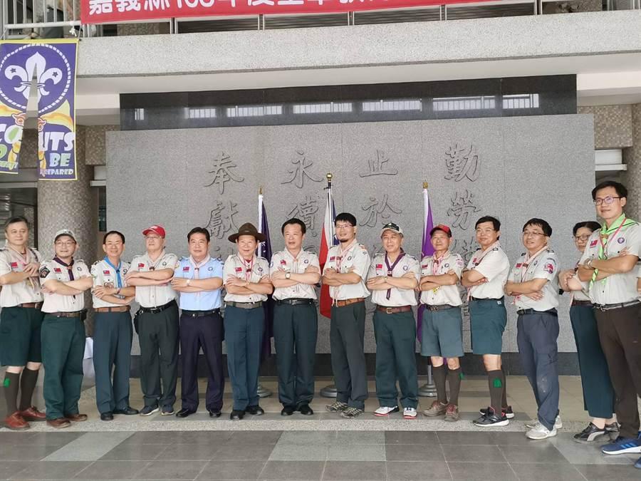 嘉義縣童軍會主辦的中華民國童軍總會國家研習營第97期輔導人員木章訓練在永慶高中舉行。(張毓翎攝)