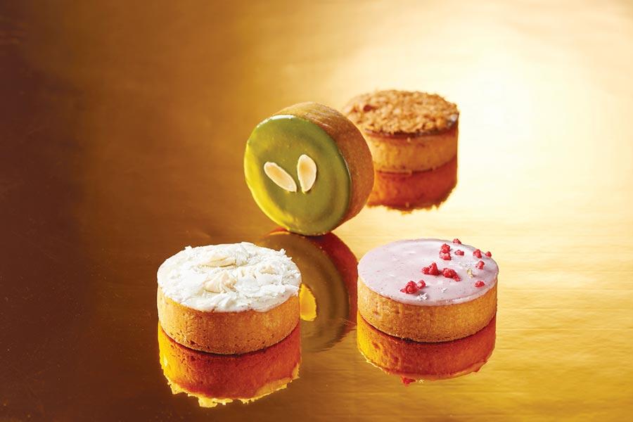 台北福華飯店今年首度推出法式月餅〈香頌禮盒〉,以歐式點心手法詮釋中式月餅,共有四款不同口味。圖/台北福華飯店