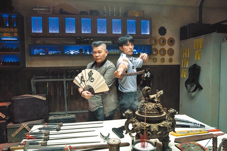 王鼎霖賦予電影演員澎恰恰(左)跟邱澤全新不同的一面。