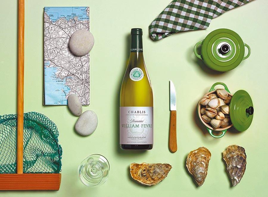 夏布利出產的白酒帶有礦石味與花香,搭配生蠔簡直可以說是絕配。圖片提供誠品酒窖