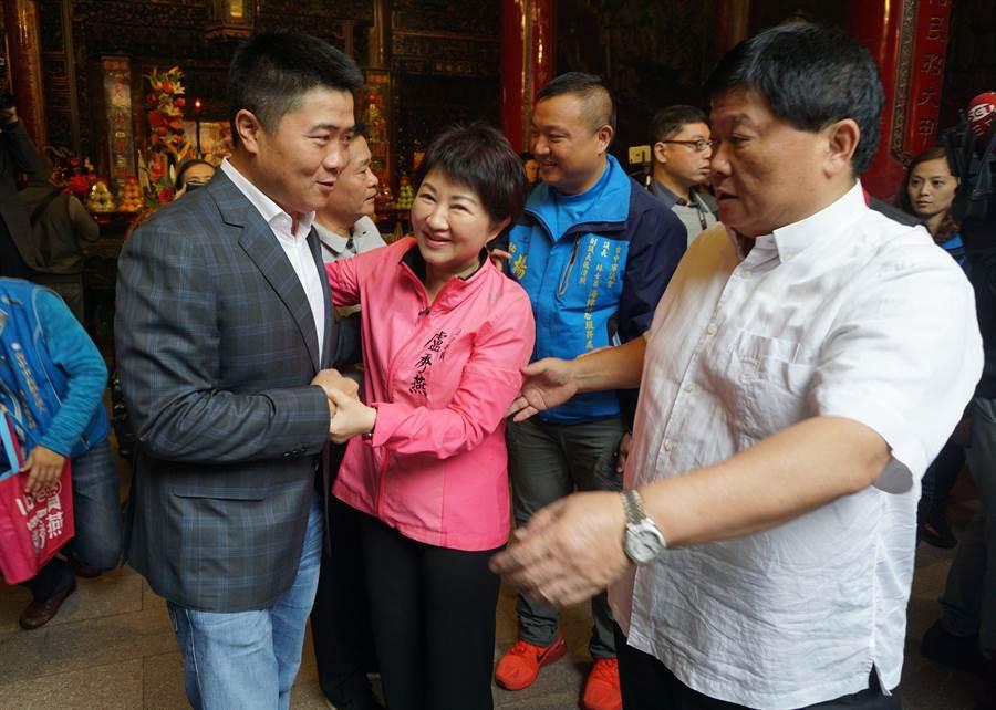 顏寬恒(左)操盤去年台中市長選舉,讓盧秀燕(中)大勝,現又接任韓辦競選幹部。(資料照片)