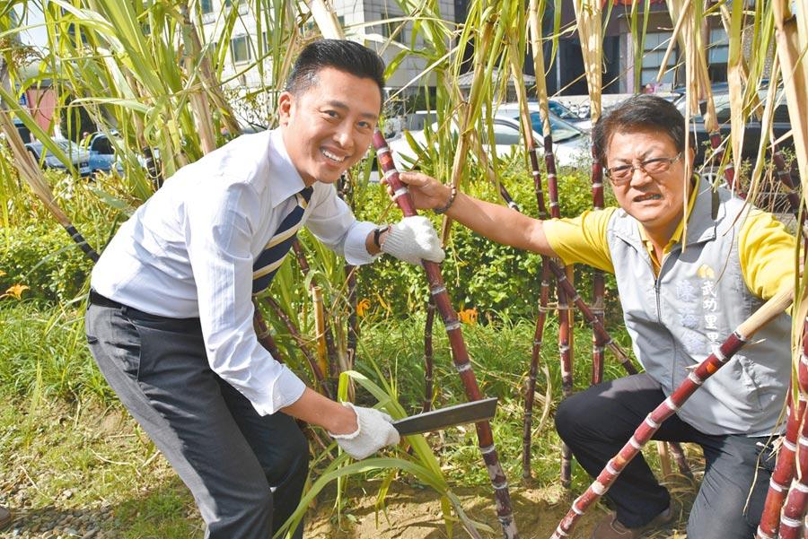 新竹市長林智堅(左)強調,食物森林的好處非常廣泛,市府團隊將陸續規畫推出更多型態的食物森林,讓民眾持續參與,享受食物森林的美好。(新竹市政府提供)