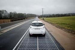 熱天氣會降低太陽能發電效率  抗暖不能靠它