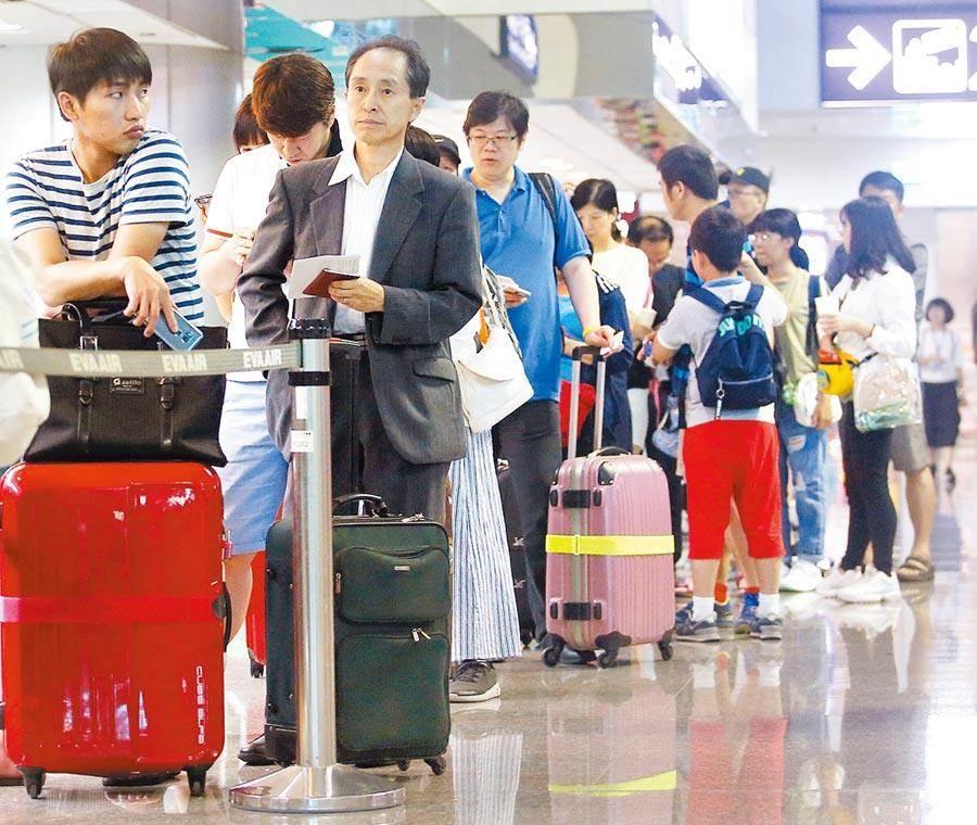 陸客不來,政府祭出36億國旅補助。 (報系資料照)