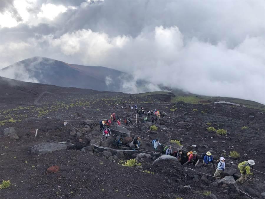 富士山是許多遊客嚮往的名山。(登山客提供)