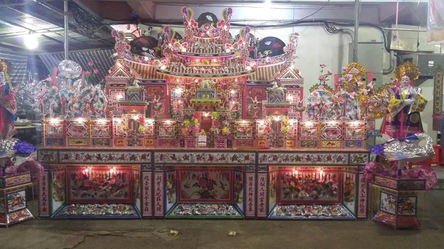 謝玉祥說,紙紮工藝通常用於傳統節慶、祭祀和喪俗活動。(吳亮賢翻攝)