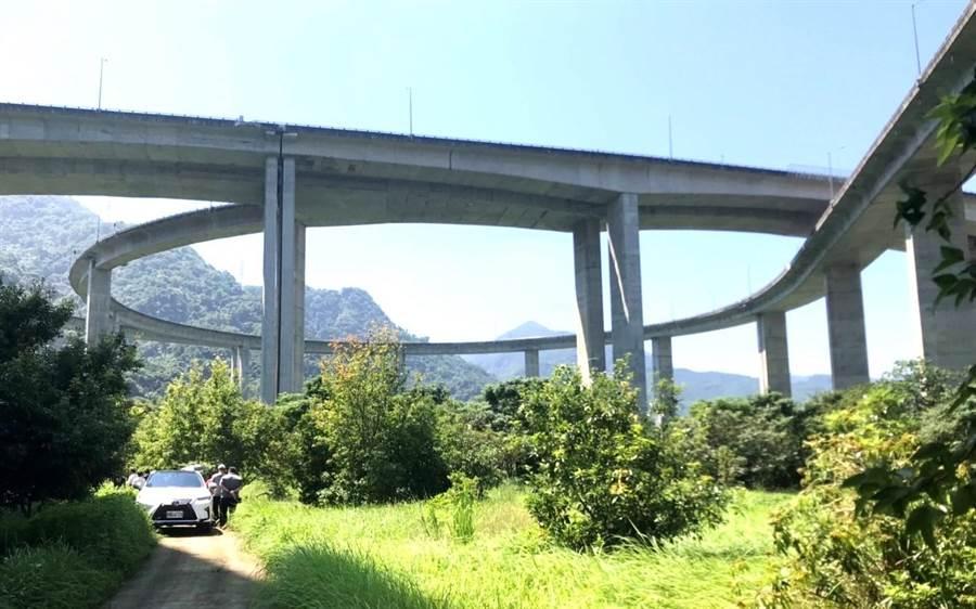 ▲國姓鄉最美的國道風情-橋聳雲天,曾獲選公路8景第1名。(楊樹煌攝)