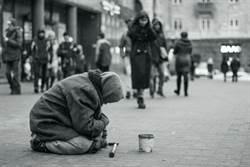 街友皇帝見證「乞丐命」 男懷400萬卻病死街頭