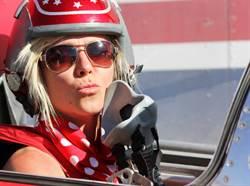 美國美女賽車手 在創紀錄時車禍身亡
