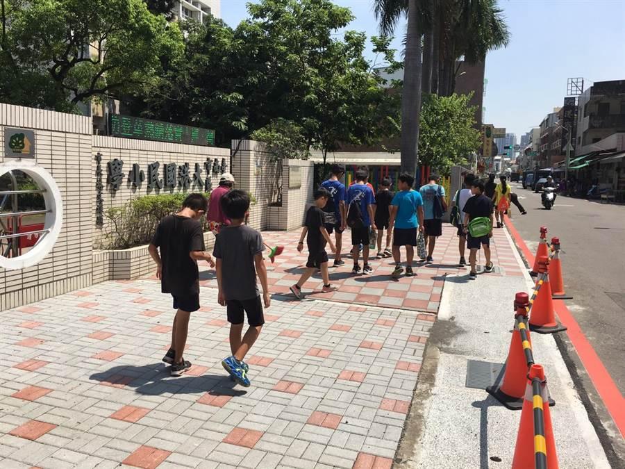 台南市全新打造10條通學步道。(台南市工務局提供)