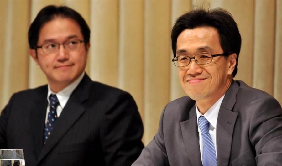 聯電前執行長孫世偉(右)轉戰大陸,接任武漢新芯總經理兼首席執行官。(資料照)