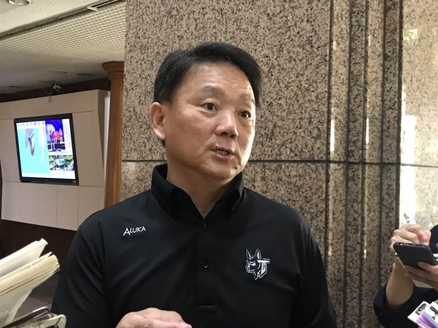 29日召開世界12強賽選訓會議,總教練洪一中表示60人名單大致確定但不會公布。(鄧心瑜攝)