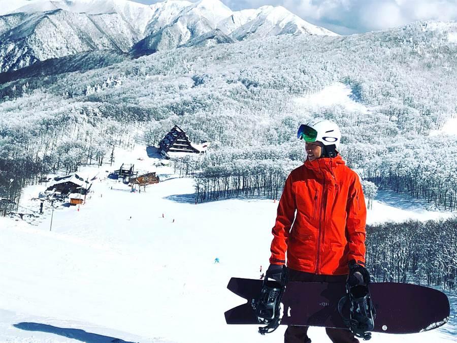 日本粉雪天堂開滑預備(圖片來源:旅遊節目主持人_賴俊龍Jason)