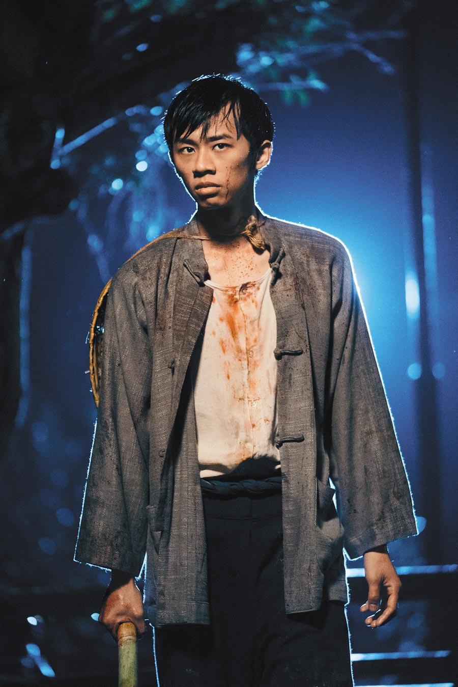 吳政迪在《日據時代的十種生存法則》有一幕殺警橋段令人震撼。
