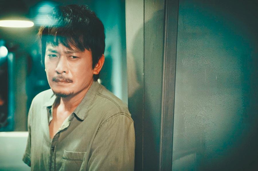 王識賢在《鑑識英雄II》飾演檢察官林士堯。