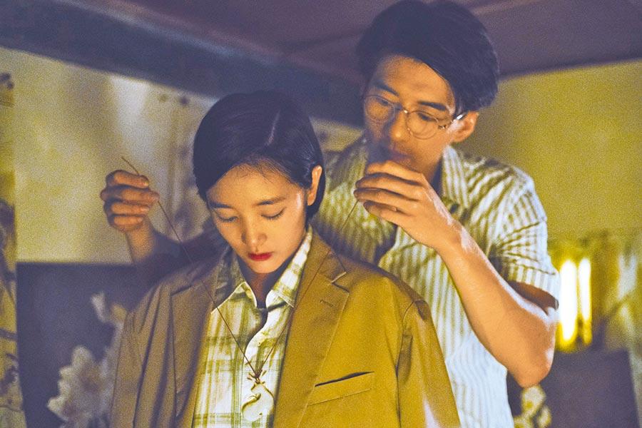 王淨(左)和傅孟柏的師生戀引發一連串事件。