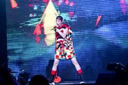 蕭敬騰香港開唱自嘲廣東話超爛!飆唱這首寵粉引尖叫