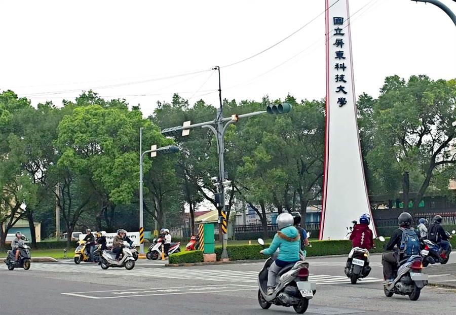 屏東縣內埔警分局公布上半年度轄區內車禍最多的路段,壽比路因是有許多屏科大學生騎乘機車,加上路小條又彎曲而奪冠。(潘建志攝)