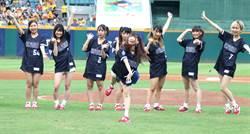 中職》日棒球女子團體來開球 最愛珍奶、芒果