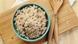 糙米增加腎負擔!醫生曝吃白飯好處
